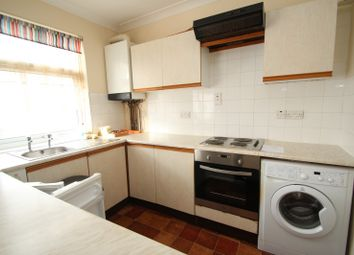 Thumbnail Flat to rent in Lynhurst Drive, Horncurch