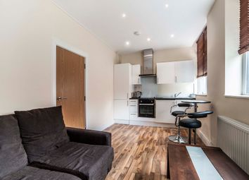 Thumbnail 3 bed flat to rent in Hendon, London