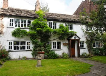 Thumbnail 4 bed cottage for sale in 15 Broken Cross, Macclesfield