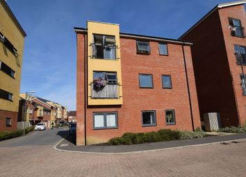 Thumbnail 2 bed flat for sale in Stilton Close, Aylesbury