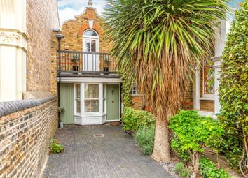 Thumbnail 2 bed property for sale in Weston Park, Crouch End