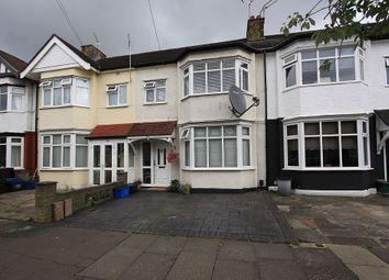 Thumbnail Room to rent in Rush Green Road, Romford