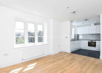 Thumbnail 1 bed flat to rent in Fife Road, London