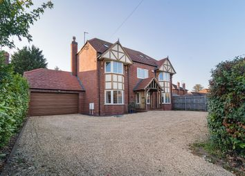 Thumbnail 6 bed detached house for sale in Queens Road, Bourne