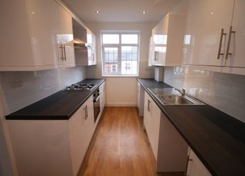 Thumbnail 3 bed flat to rent in Sevens Close, High Street, Berkhamsted