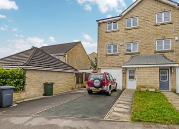 Thumbnail 3 bed town house for sale in Winscar Avenue, Queensbury, Bradford