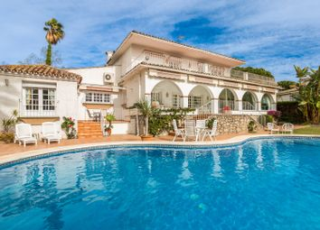 Thumbnail 4 bed villa for sale in Spain, Andalucia, Guadalmina, Ww975