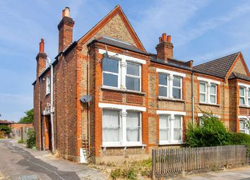 2 bed maisonette for sale in Palmerston Road, Bowes Park, London N22