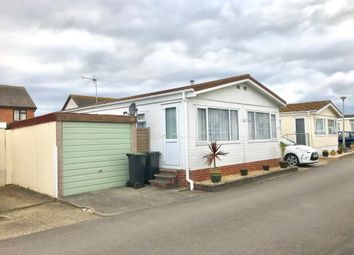 Thumbnail 2 bed mobile/park home for sale in Lyndhurst Road, Highcliffe