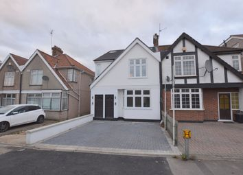 Thumbnail 3 bedroom flat to rent in Great North Way, Hendon, London