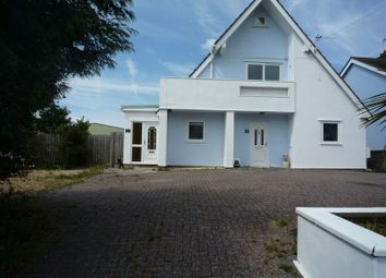 Thumbnail 3 bed flat to rent in Rhoose Road, Rhoose, Barry