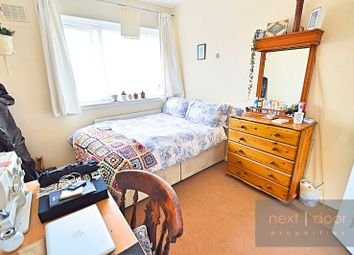 Thumbnail 4 bed flat to rent in Shenley Road, Camberwell