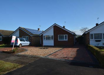 Thumbnail 3 bed detached bungalow to rent in Cheneys Walk, Bletchley, Milton Keynes