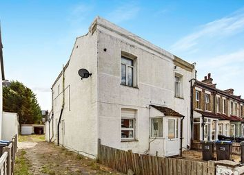 Thumbnail 3 bed flat for sale in Moffat Road, Thornton Heath