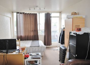 Thumbnail Flat to rent in Yates House, Roberta Street, Bethnal Green