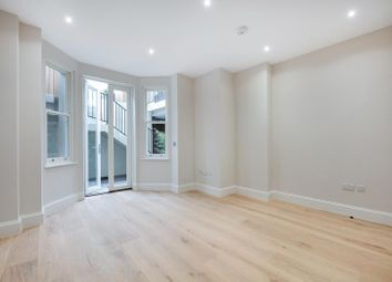 1 bed flat for sale in Sisters Avenue, London SW11