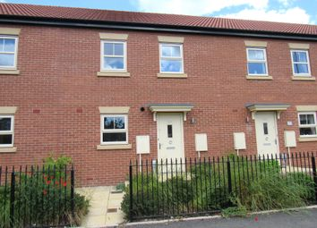 Thumbnail 3 bed town house for sale in Maybury Road, Hull
