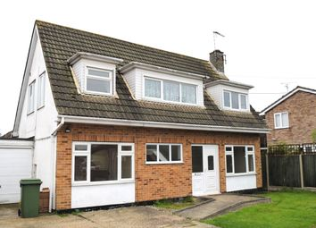 Thumbnail 3 bed detached house to rent in Linne Road, Canvey Island