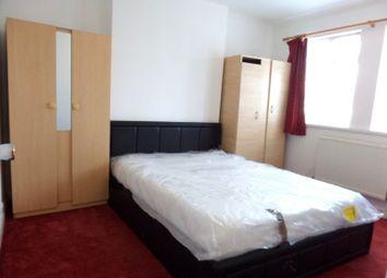 Thumbnail 1 bed flat to rent in Whiteheart Avenue, Uxbridge