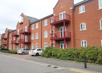 Thumbnail 1 bedroom flat to rent in Barnshaw House, Aylesbury
