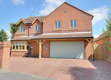 4 bed detached house for sale in Commonside, Westwoodside, Doncaster DN9