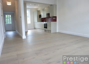 Thumbnail 3 bed flat to rent in Median Road, London