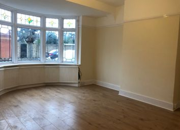 4 bed semi-detached house to rent in Rosedene Gardens, Ilford, Essex IG2
