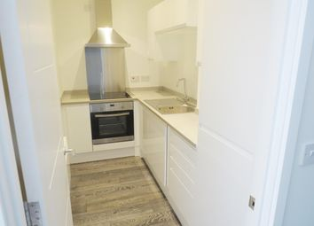 2 bed flat to rent in Vicarage Farm Road, Fengate, Peterborough PE1