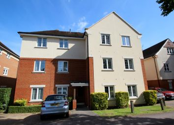 Thumbnail 2 bedroom flat to rent in Hill View, Dorking