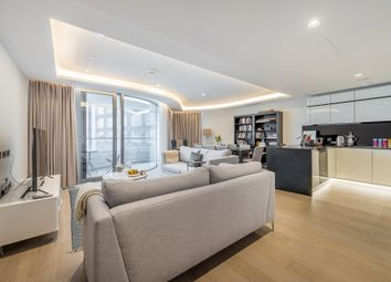 The Corniche, Tower Two, 20-21 Albert Embankment, London SE1. 3 bed flat