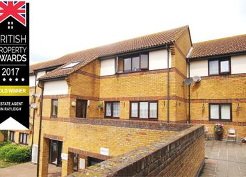 Thumbnail 2 bedroom flat for sale in Hedingham Place, Ideal Buy / Investment, Rochford, Essex