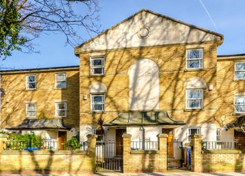 4 bed property for sale in Bethwin Road, Camberwell, London SE5