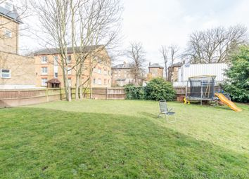 Ferris Road, East Dulwich, London SE22. 1 bed flat for sale          Just added