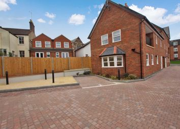Thumbnail 2 bed flat for sale in Alexandra Road, Hemel Hempstead