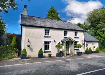 Thumbnail 2 bed cottage for sale in Pentre-Cwrt, Llandysul