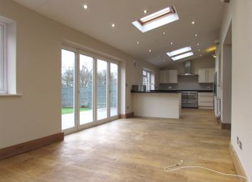 Thumbnail 4 bedroom semi-detached bungalow to rent in Poplar Avenue, Luton