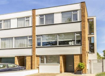 4 bed property for sale in Sutherland Grove, Teddington TW11