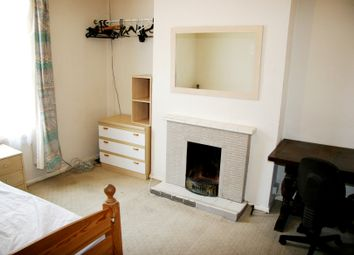 Thumbnail 4 bed terraced house to rent in Amity Road, Reading