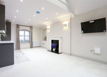Thumbnail 1 bed property to rent in Queen Street, Cirencester, Gloucestershire