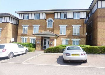 Thumbnail 1 bed flat to rent in Wenlock Gardens, Hendon