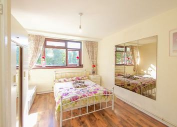 Thumbnail Room to rent in Surrey Quays, London