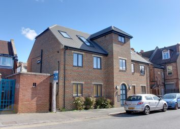 Thumbnail 1 bed flat to rent in 2B Churchill Road, South Croydon