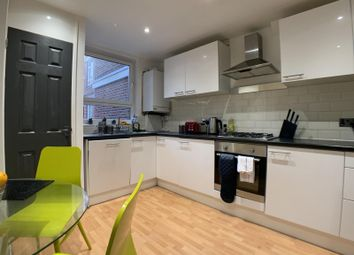 Thumbnail 4 bed shared accommodation to rent in Wallis Close, London