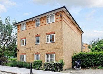 Thumbnail 2 bedroom flat to rent in Reeves Road, London