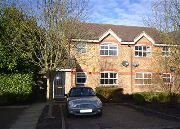 Thumbnail 1 bed flat to rent in Salters Close, Rickmansworth, Hertfordshire