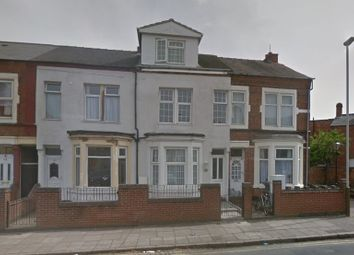 Thumbnail 6 bed semi-detached house for sale in Mere Road, Leicester, Leicestershire