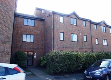 Thumbnail 1 bedroom flat to rent in Parsonage Road, Grays