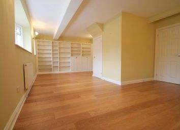 Thumbnail 2 bedroom flat to rent in High Street, East Grinstead
