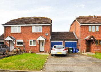 2 bed semi-detached house to rent in Roman Way, Bicester OX26