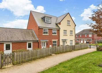 3 bed property for sale in Hyde Park, Lords Way, Andover SP11